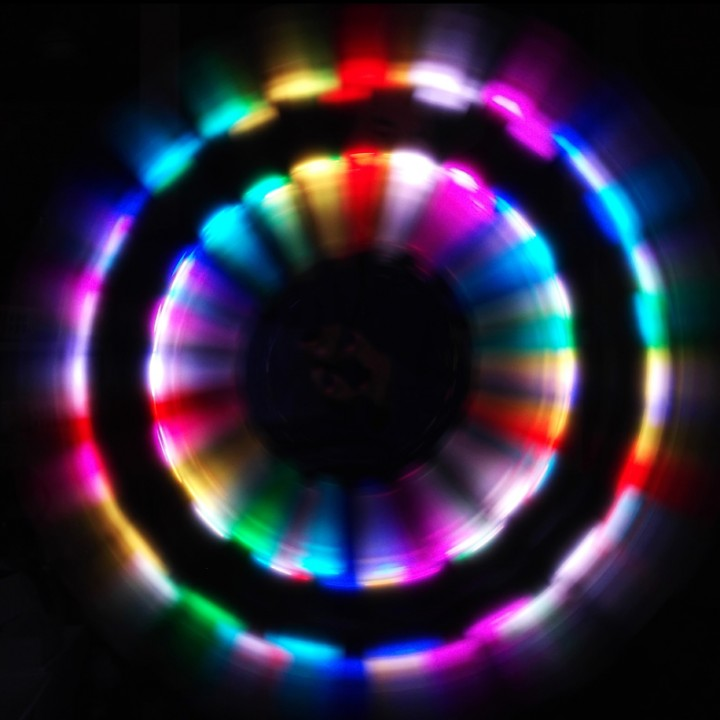 Super LED Stick poi with the All Light in action 1
